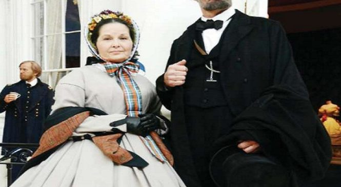 पत्नी से बचने के लिए दफ्तर में सो जाते थे अब्राहम लिंकन, घरेलू कलह से जूझते रहे जिंदगीभर