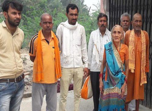बांदा में घरों में दौड़ा हाईटेंशन करंट, किसान की मौत और उपकरण फुंके