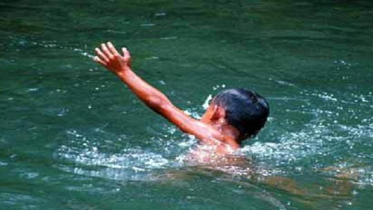 बांदा में दर्दनाक घटना, देखते ही देखते तालाब में समा गया बालक