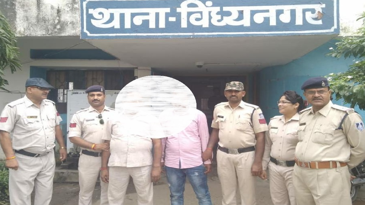 NTPC manager and driver arrested for stealing gold doll from jewelery shop