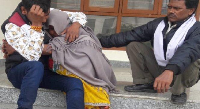 बांदा में दर्दनाक हादसाः डंपर से कुचलकर दो बहनों की मौत, जीजा की हालत गंभीर