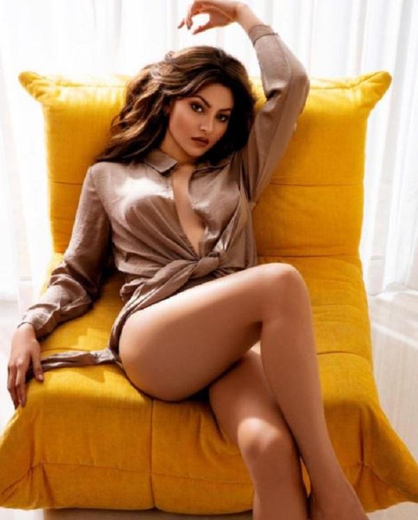 Single shirt hot sexy photo of Bollywood actress Urvashi
