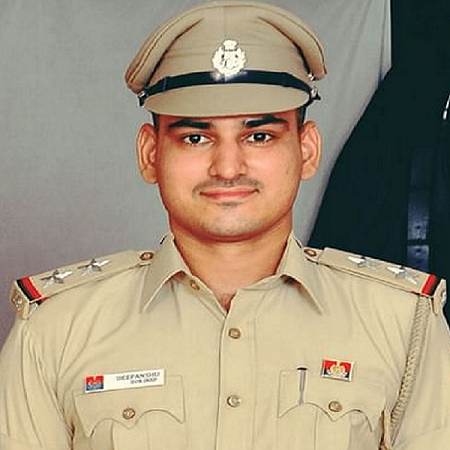 Male sub-inspector killed himself after killing a female sub-inspector in Delhi