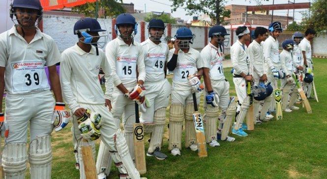 बांदा में प्लेयर्स च्वाइस क्रिकेट लीग के लिए 124 खिलाड़ियों का ट्रायल