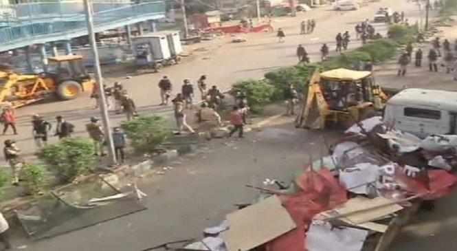 दिल्ली पुलिस ने शाहीन बाग खाली कराया-टेंट हटाए, कोरोना वायरस के खतरे के मद्देनजर कार्रवाई