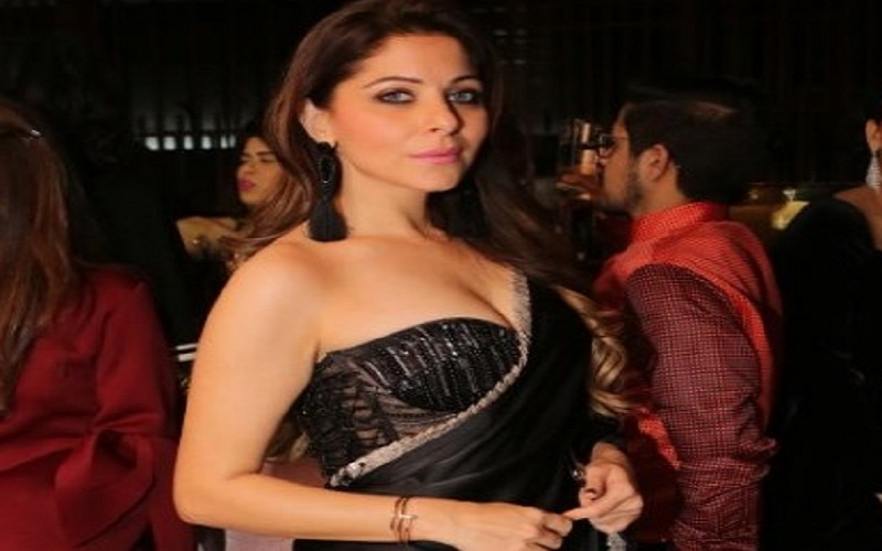 Police search for young man staying at Hotel Taj with singer Kanika Kapoor