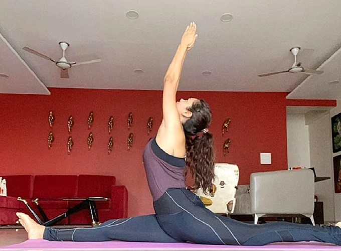 Bollywood actress Esha Gupta taking care of her fitness with these dangerous rugs