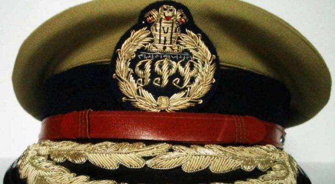 यूपीः 10 IPS अफसरों के तबादले, प्रशांत कुमार नए ADG लॉ एंड ऑर्डर