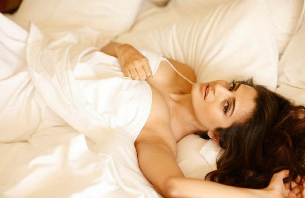 Bollywood actress Amisha Patel shared bold photos
