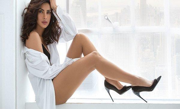 बाॅलीवुड हाॅट Beautiful Actress प्रियंका चोपड़ा का क्यूट लुक..