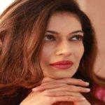 Actress पायल रोहतगी का ट्विटर अकाउंट सस्पेंड, इस Actor पर लगाए आरोप