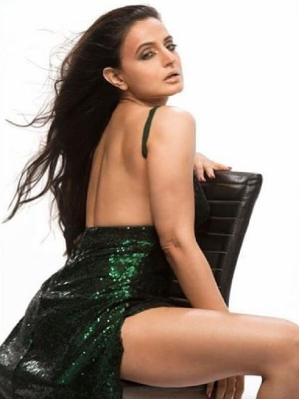 Ameesha Patel is very bold even in this age, photos rocked