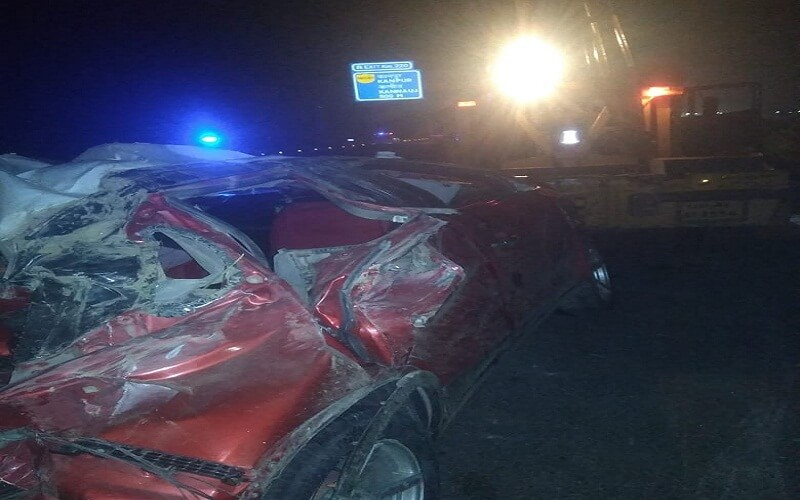 Kanpur: car collides with a bunch of Nilgai on expressway, two killed-three injured