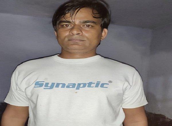 कानपुर में बदमाश विकास दुबे का महिमामंडन करने वाला कोचिंग संचालक किलकिल गिरफ्तार, युवती पर FIR