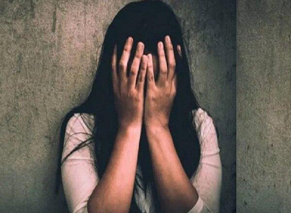 कानपुर : पुलिस TSI पर रेप का आरोप लगा 112 पर काॅल करके गंगा में कूदी युवती