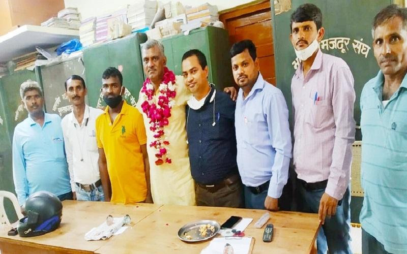 Demand for railway union in Kanpur, blacksmiths also get dress allowance