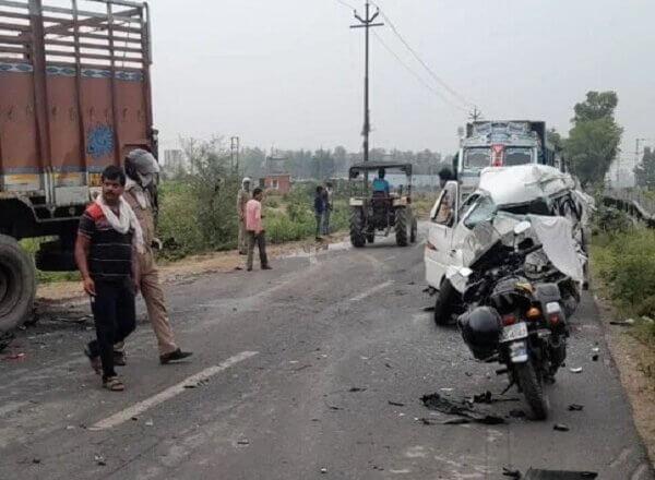 कानपुर में Accident, फतेहपुर के कार सवार व्यक्ति की मौत, 4 लोग घायल