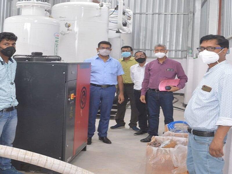 Good News : Oxygen plant started in Banda Medical College, DM got it tested